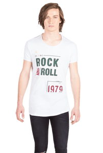 REMERA-STAMP-ROCK
